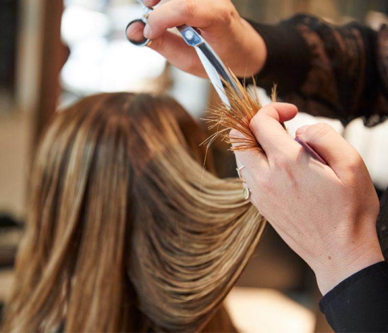 10 tips voor het behoud-en van je nieuwe haar-kleur!