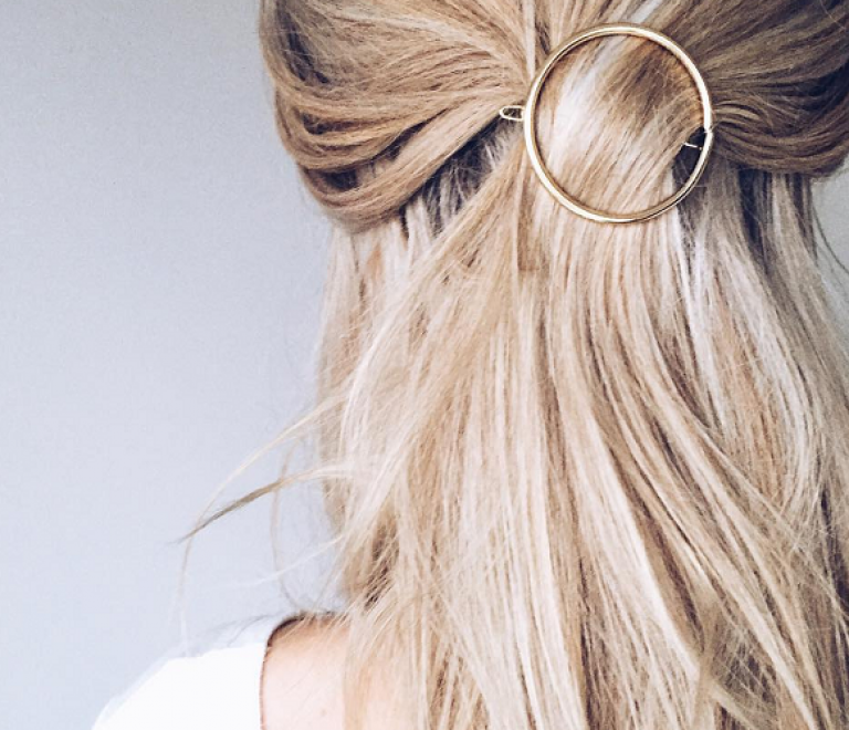 Zo kunnen haar-accessoires je kapsel verrijken